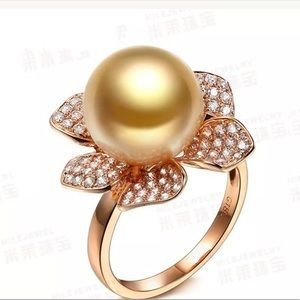 Jewelry - 14k Gold pearl Sapphire Flower pave Ring